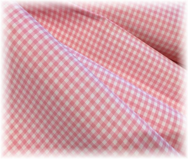 kanafas-růžový 0,5 x 0,5 cm