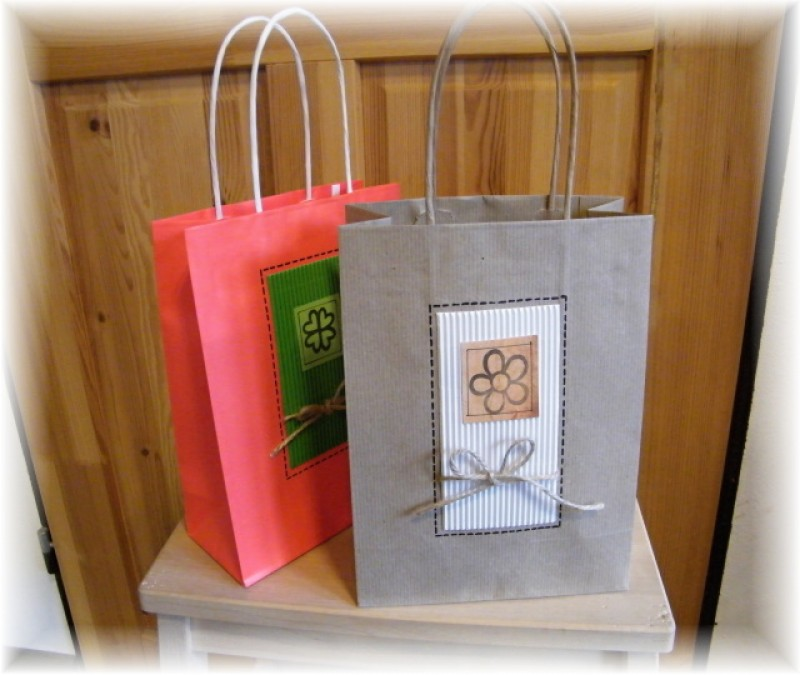 Dárková taška-přírodní malá
