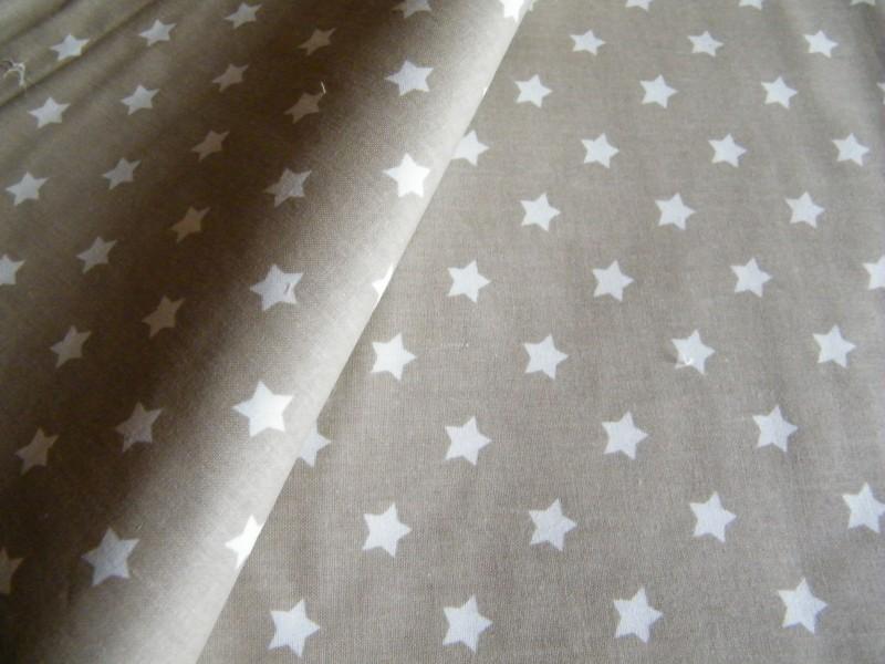 hvězdy na béžovém-zbytek 50 cm