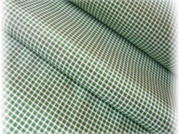 zelená drobná kostička
