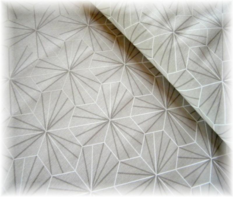 ornamenty na šedo-béžovém-zbytek 90 cm