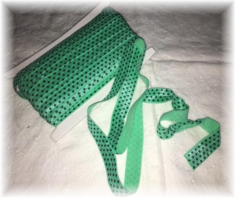 pruženka lemovací půlená-puntíky na zelené