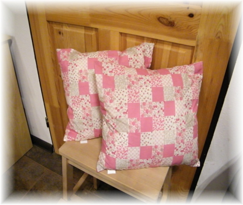 polštář-patchwork růžový