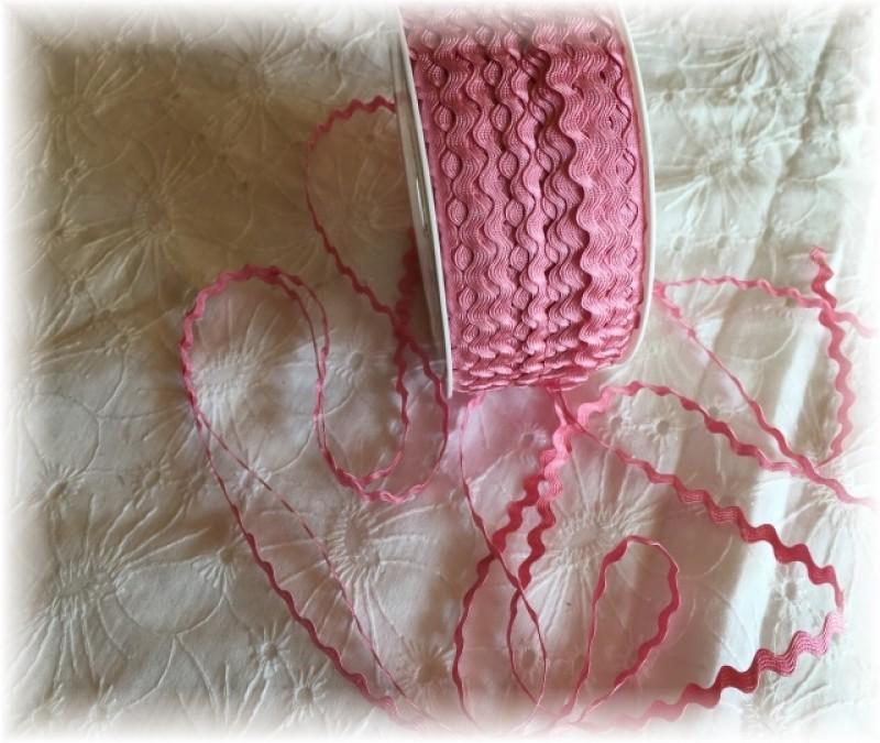 hadovka-růžová