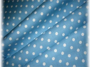 puntík na světle  modrém-větší-10 metrů