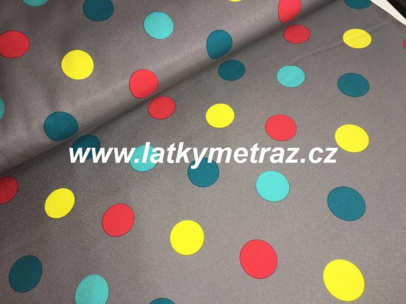 zimní softshell-puntíky na šedém