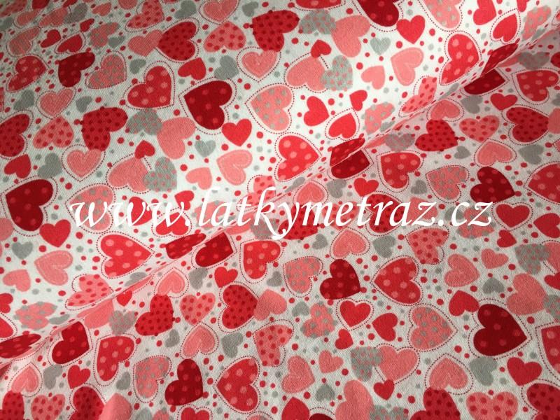 100% bavlněný  úplet-srdíčka s červenou-zbytek 1,30 m