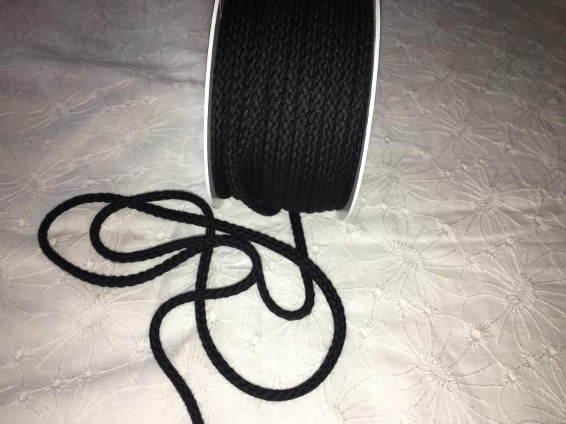 šňůra oděvní bavlněná-černá