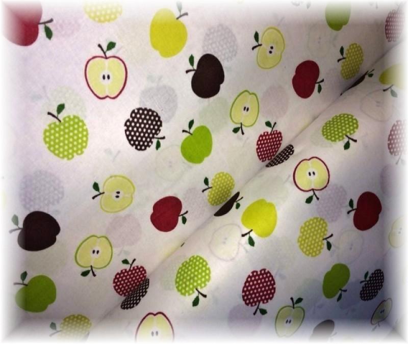 jablíčka na bílém-zbytek 23 cm