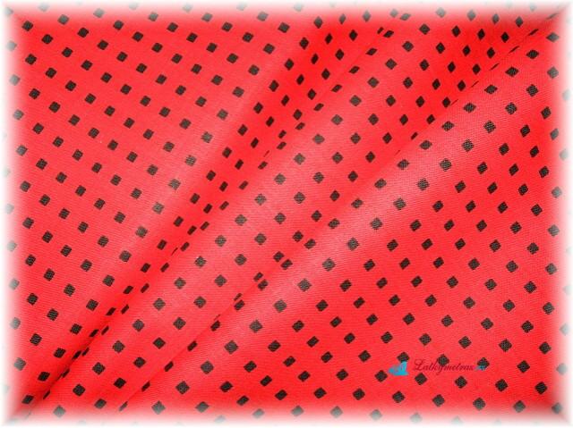 červená kostička s černou-zbytek 30 cm