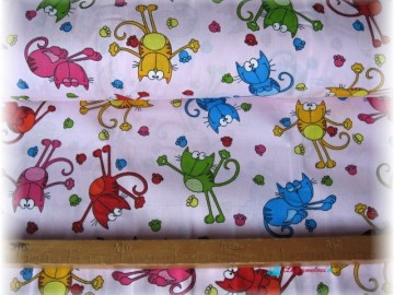 kočky na růžovém