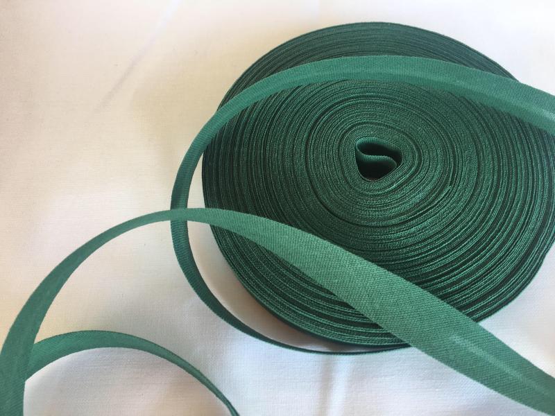 šikmý proužek-tmavě zelený